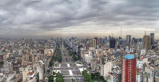 640px-Buenos_Aires_-_Monserrat_-_Avenida_9_de_Julio