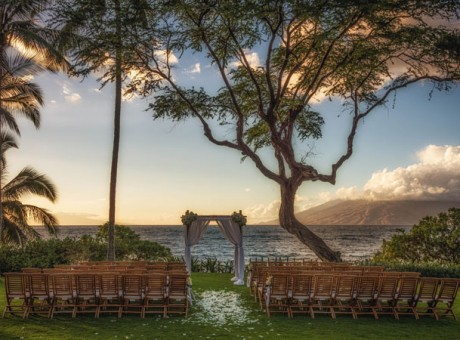 best-hawaii-hotels-for-wedding