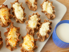 Traditional karelian pasties from Finland with cup of milk