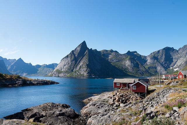 Hamnøya, Olstinden and Reinefjorden