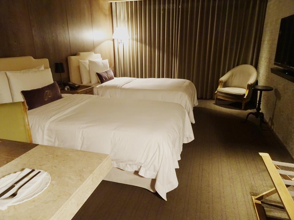 客室_ベッド全体