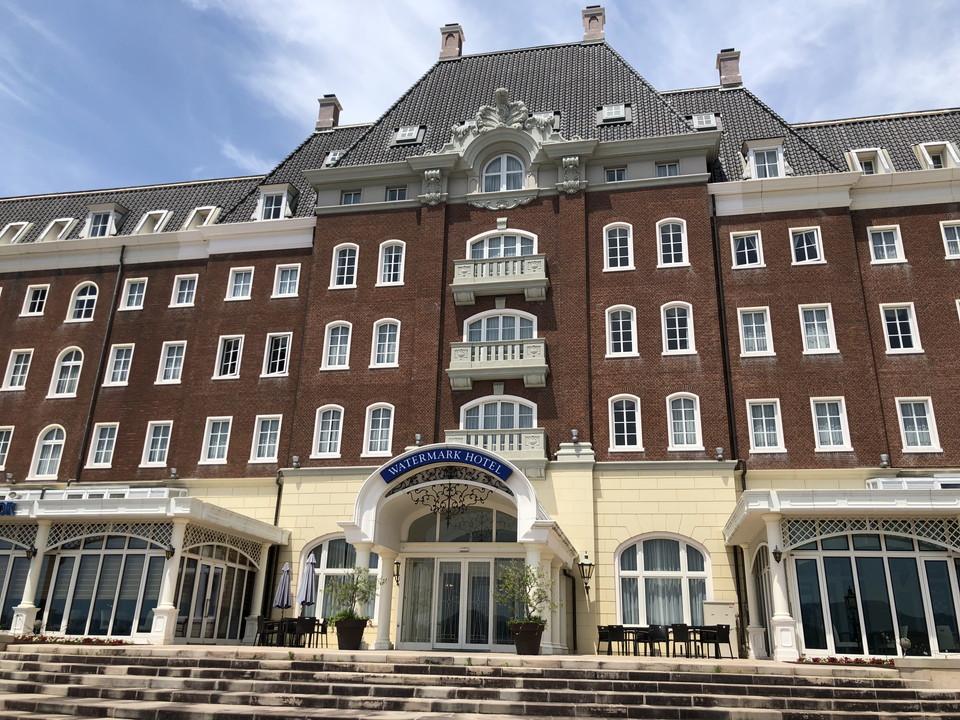 ホテル外観[1]
