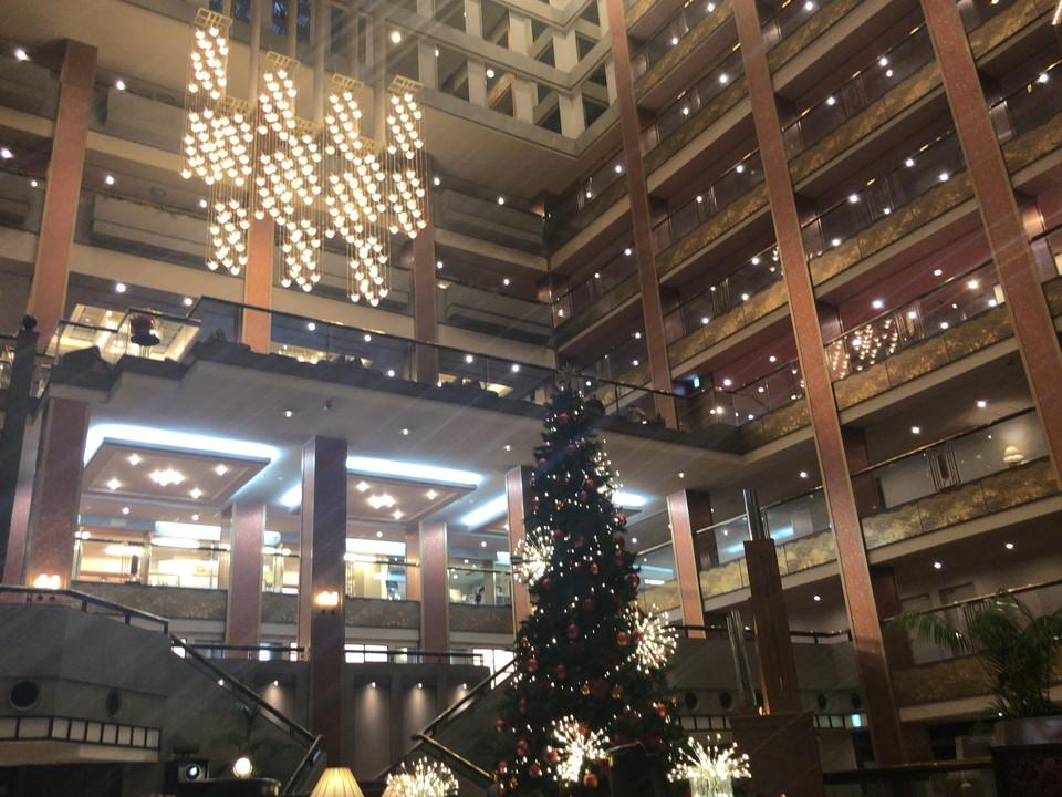 1階にあるクリスマスツリー