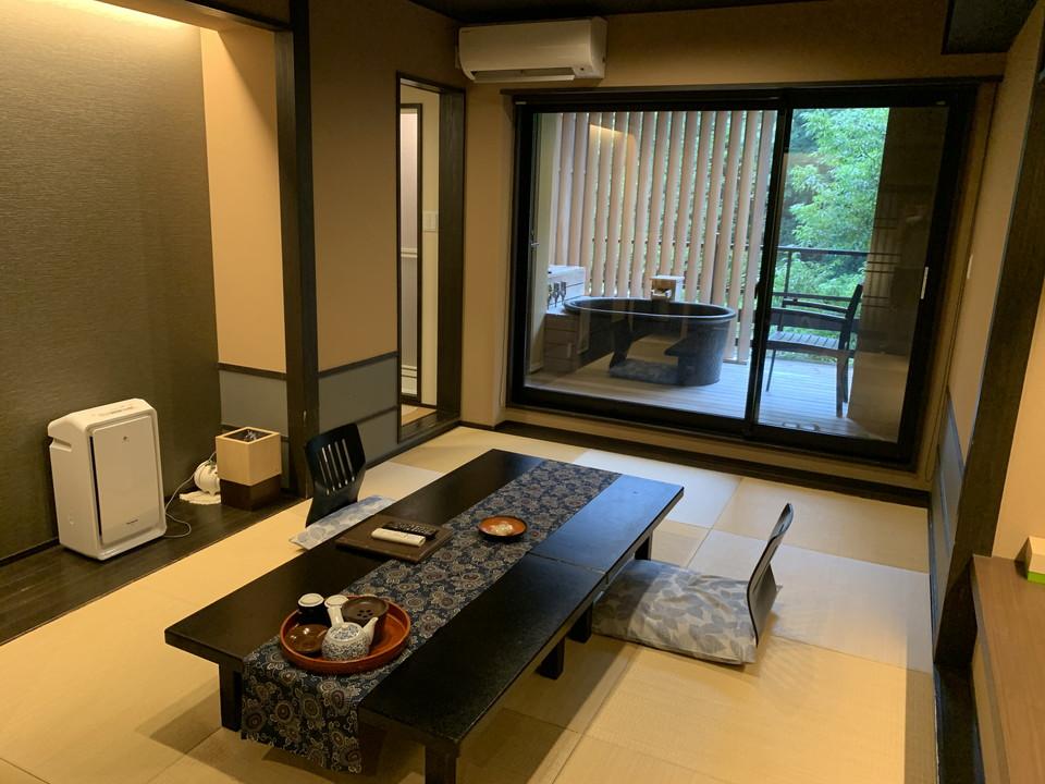 外に露天風呂付の客室