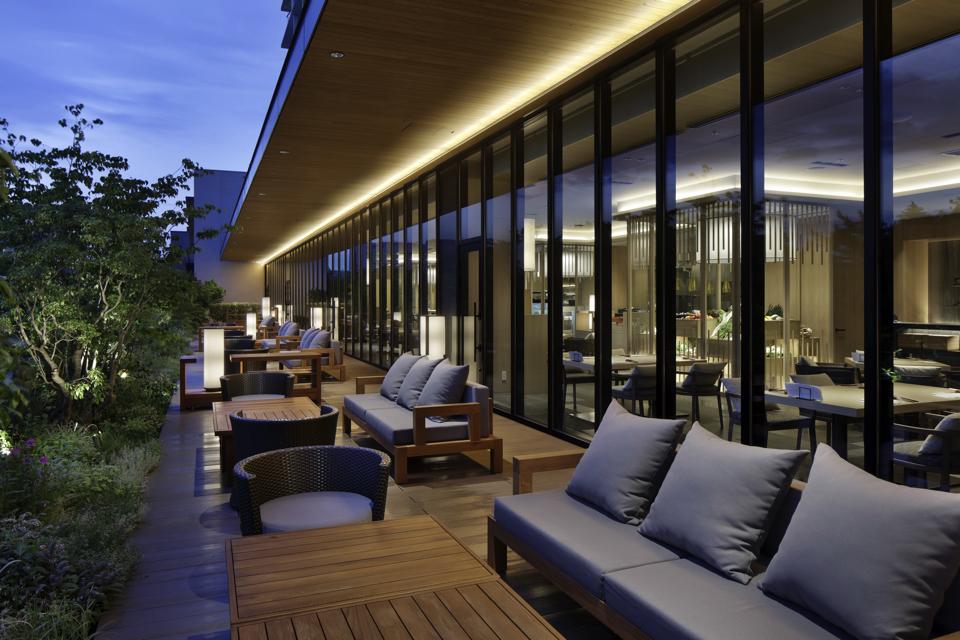 SORANO HTL DAICHINO REST Terrace_evening