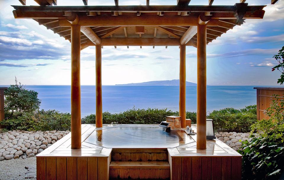 庭園露天風呂付き客室「伽羅」-補正後